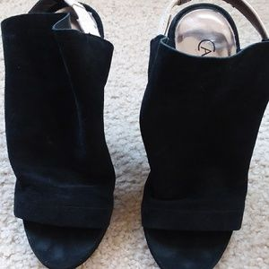 Black Peep Toe Shoes